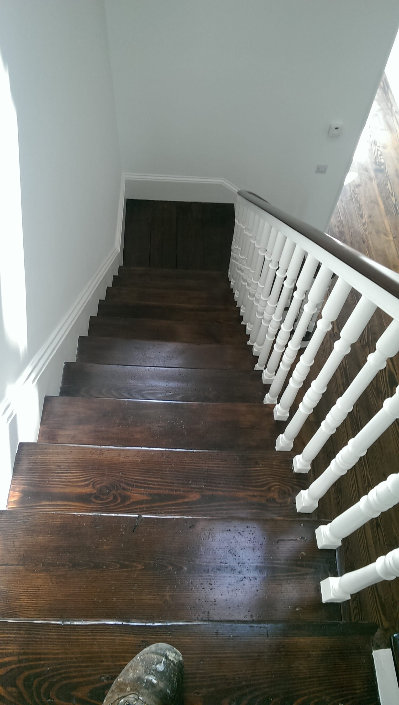 walnut-stain-stairs